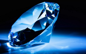 искусственный алмаз