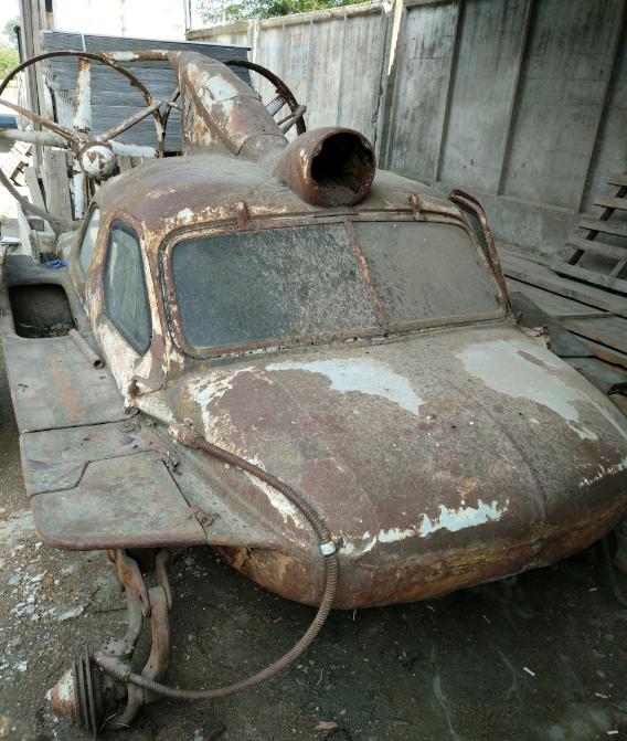 останки знаменитого советского самодельного автомобиля