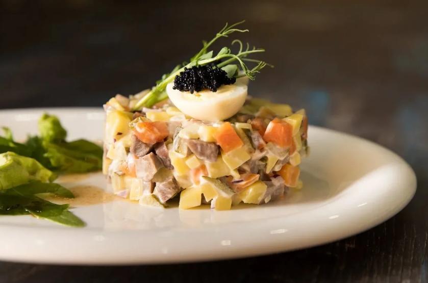салат оливье с дичью