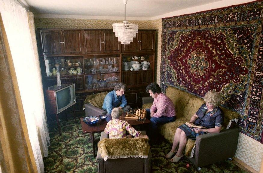 ковер в советской квартире