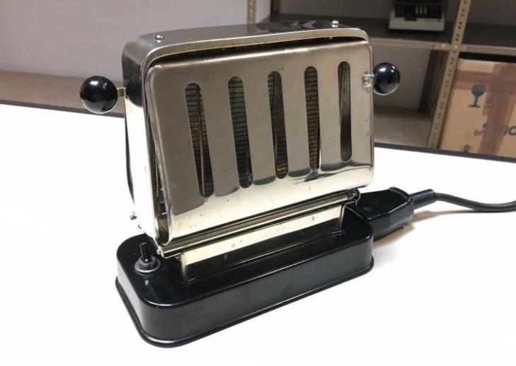 тостер советских времен