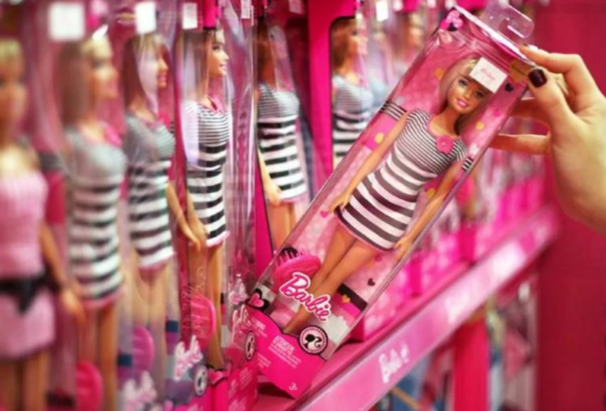 коробка с куклой Барби