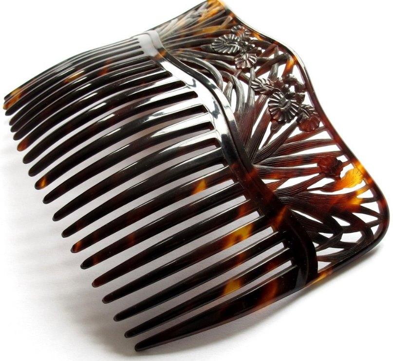 роговой гребешок для волос