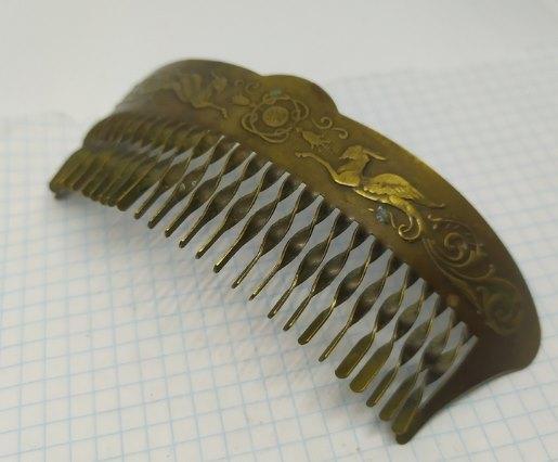декорированный гребень для волос
