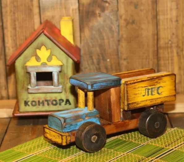 советский деревянный грузовик