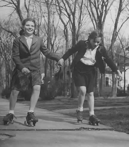 советские дети на роликах
